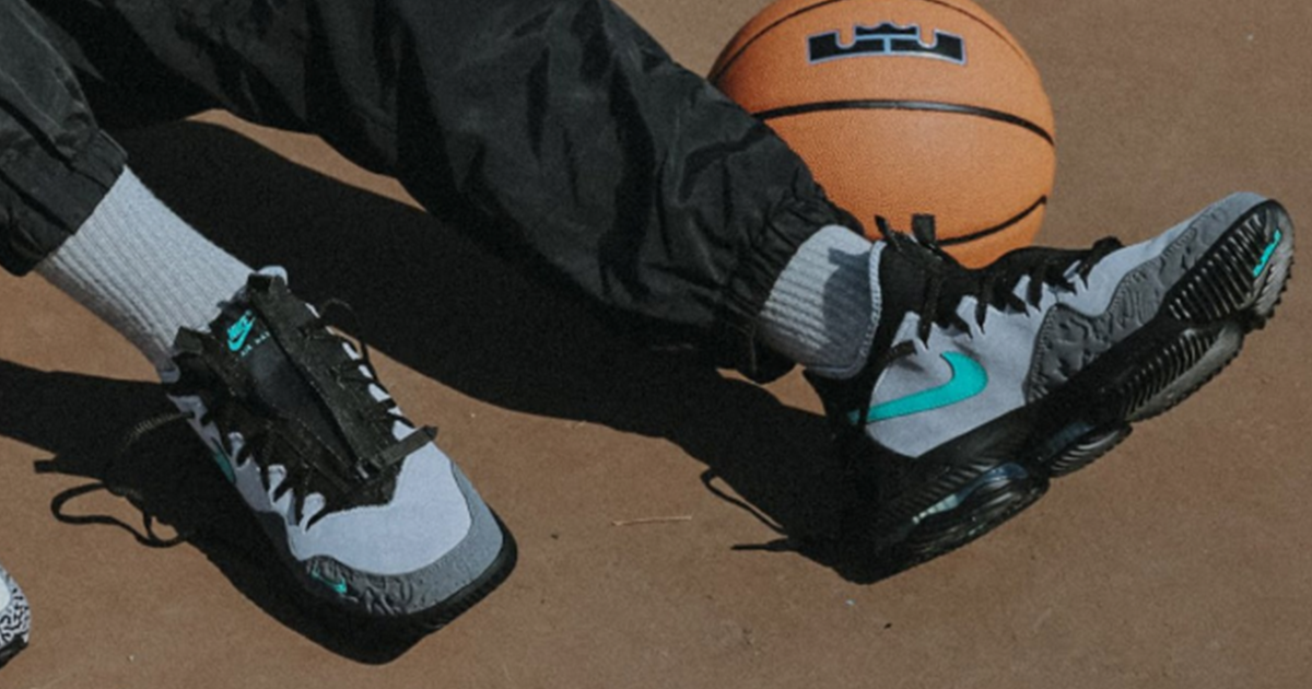 outlet store c46a6 bd616 4月27日発売開始 NIKE LEBRON 16 LOW ATMOS CLEAR JADE(ナイキ レブロン 16 ロー アトモス クリア ジェイド)