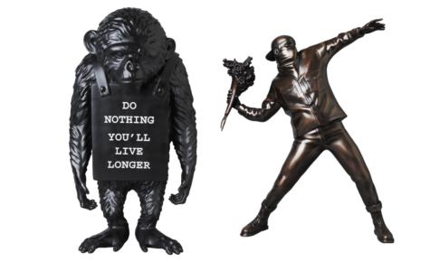 flower-bomber-bronze-statue-monkey-sign-reverse-ver