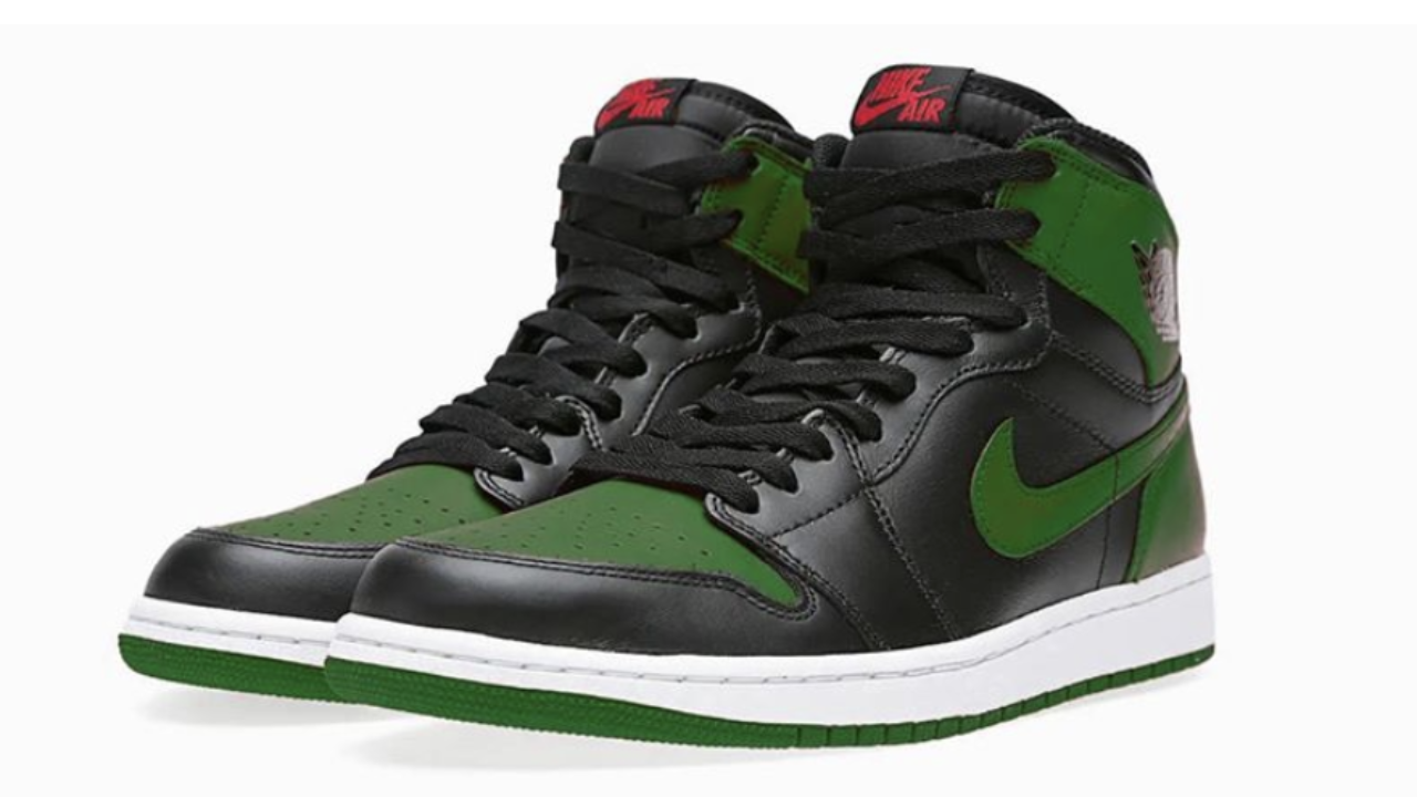 【2月29日発売開始】 NIKE AIR JORDAN 1 RETRO HIGH OG