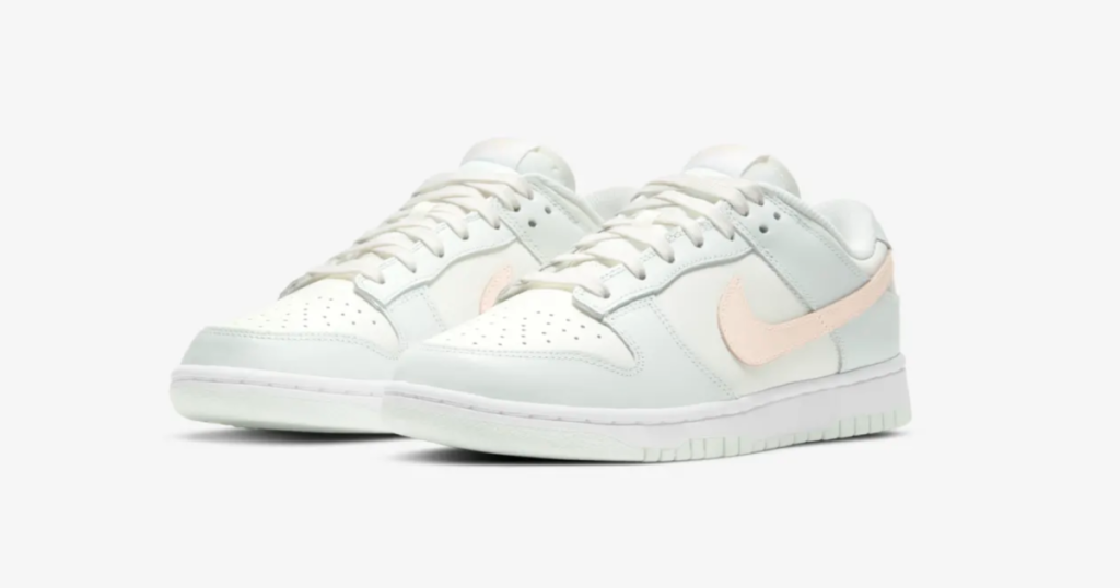 nike-wmns-dunk-low-barely-green